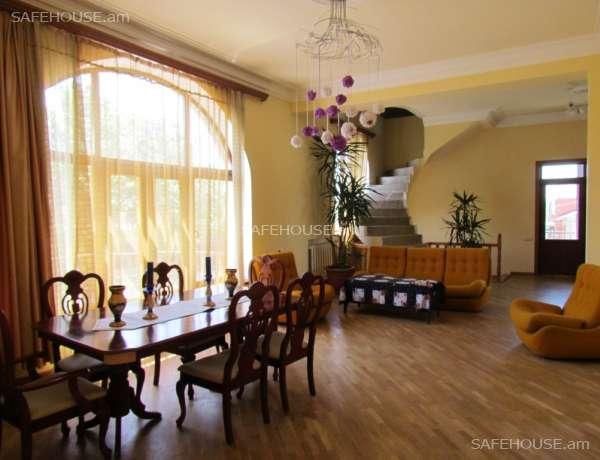 3-senyakanoc-arandznatun-vacharq-Yerevan-Avan